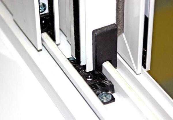 Алюминиевые раздвижные двери - разновидности и особенности.