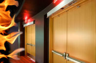 На какие требования к противопожарным дверям надо обратить внимание при выборе