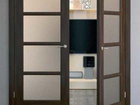 Как установить двери распашные двустворчатые межкомнатные, размеры полотна и особенности механизма