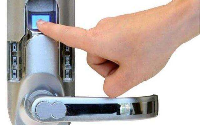 Чем хорош электронный замок на входную дверь – какие они бывают и где применяются