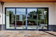 Какие бывают алюминиевые раздвижные двери – их плюсы и минусы