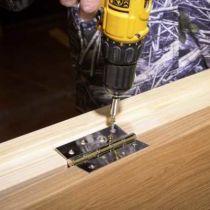 Какие особенности у использования дверных накладных петель