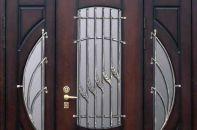 Как должна осуществляться установка дверей