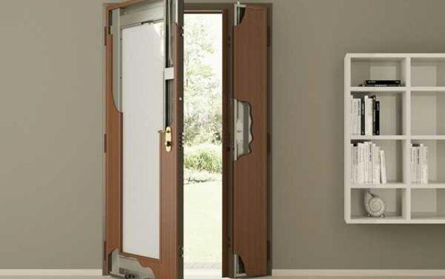 Как правильно выполняется установка железной двери