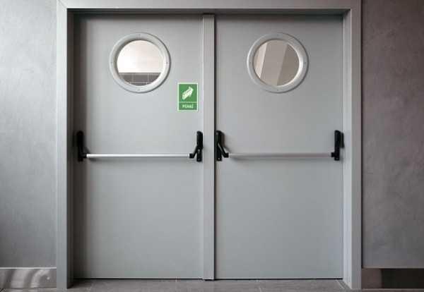 Маятниковые двери.