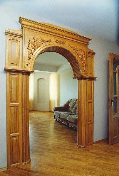 Классическая арка из массива дерева