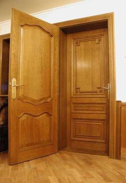 Вторая дверь из массива