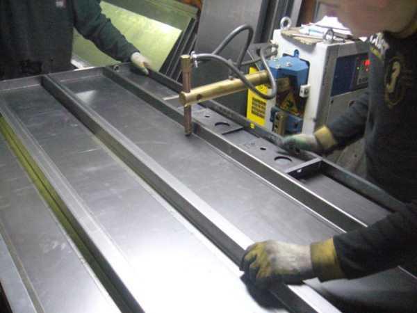 изготовление и монтаж металлических входных дверей