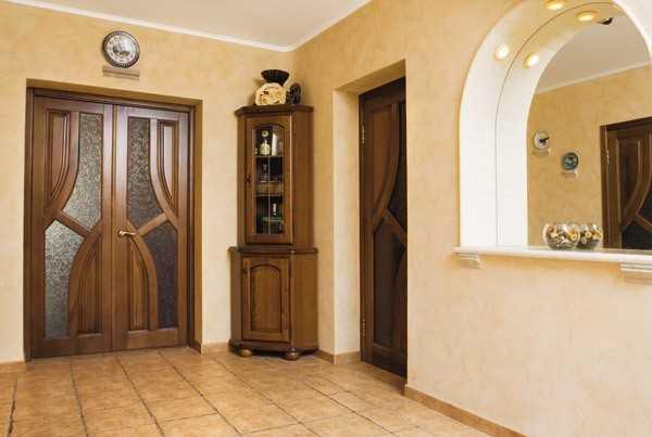 Двери из дуба со стеклом