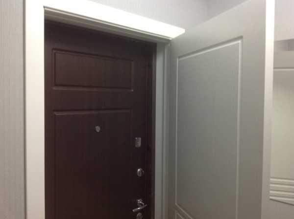 Вторая дверь в собственном блоке