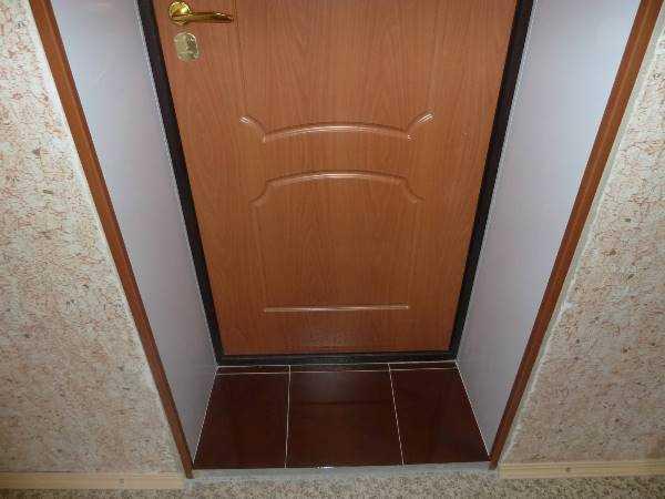 Облицовка входной двери ламинатом