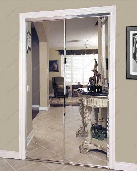 Зеркальные двустворчатые двери