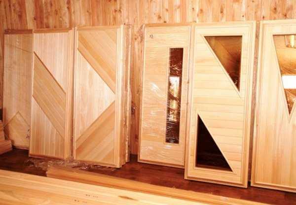 Двери в баню и сауну