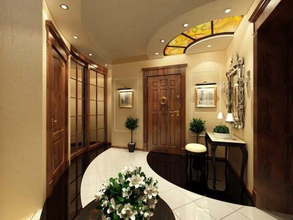 Независимо от размеров, дверь должна сочетаться с интерьером