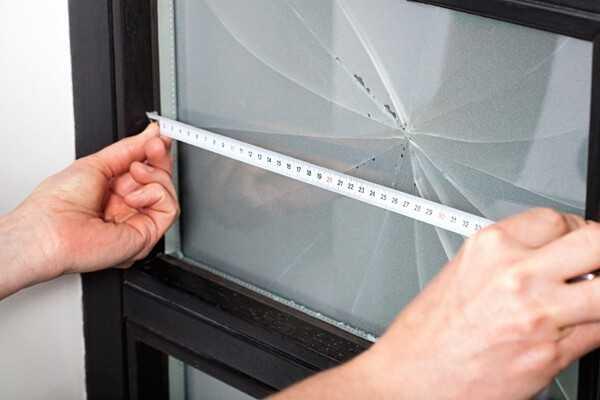 Снятие размеров для нового стекла